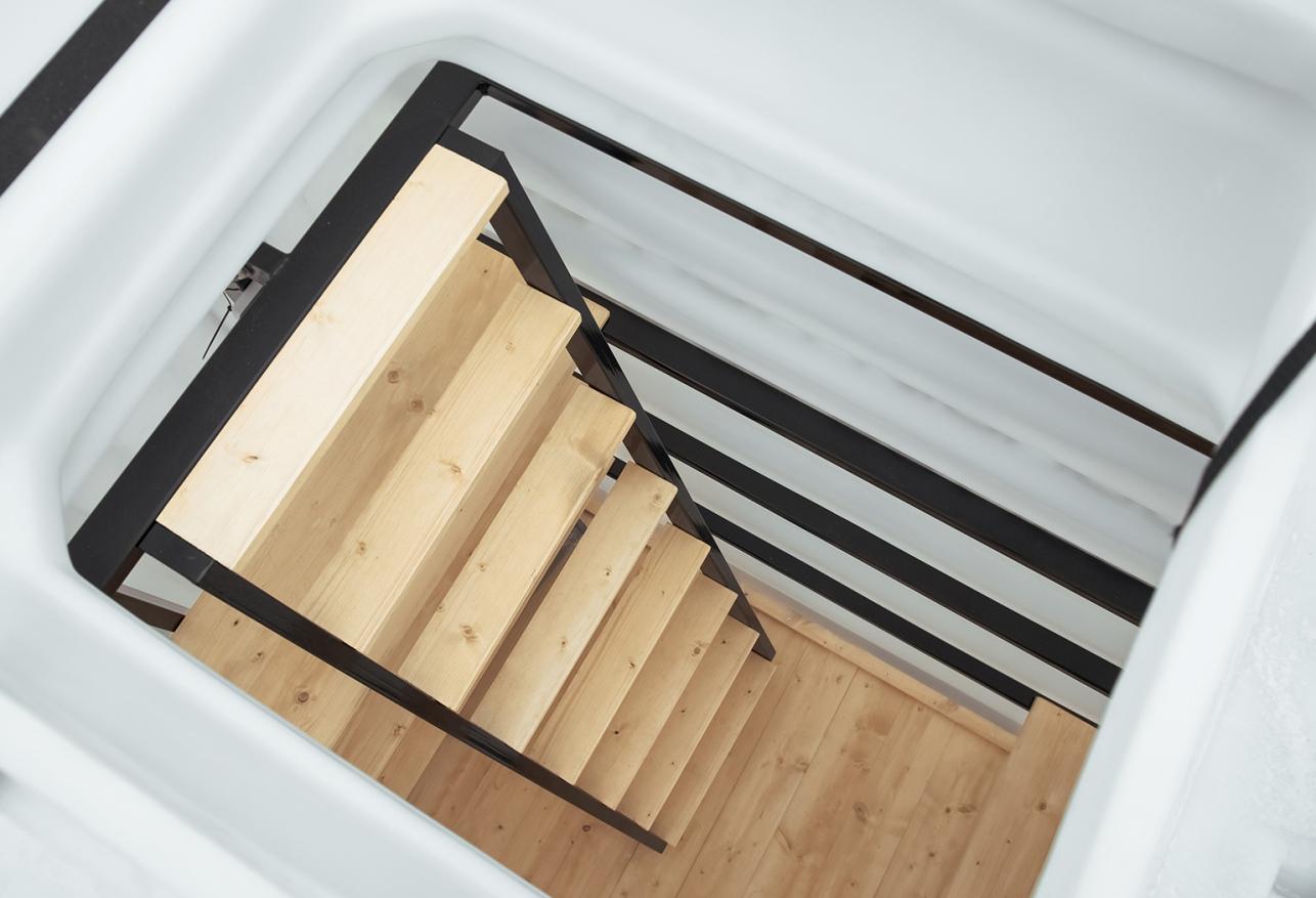 piwnica-ogrodowa-schody